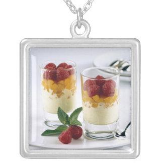 バニラアイスクリームのマンゴのPanfulのための シルバープレートネックレス