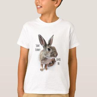 バニーは私をコレクションのウサギイースター愛します Tシャツ