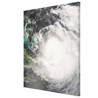 バハマ上のハリケーンハナ キャンバスプリント