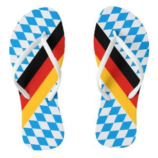 ババリアの旗のドイツの州はパターンを着色します ビーチサンダル