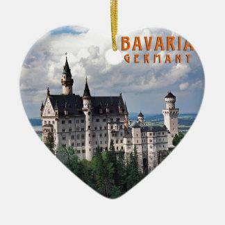 ババリア、ドイツ 陶器製ハート型オーナメント