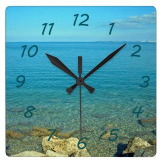 バミューダ島の青緑水 スクエア壁時計