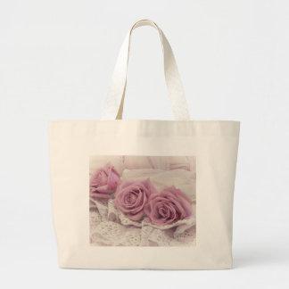 バラおよびレースの静物画のバッグ ラージトートバッグ