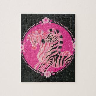バラおよび真珠を持つ美しいピンクのシマウマ ジグソーパズル