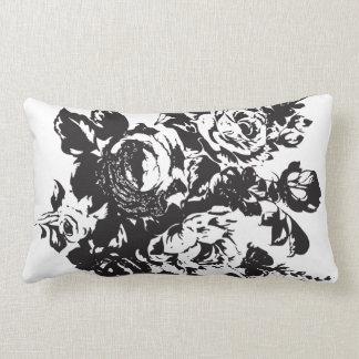 バラのステンシル枕デザイン ランバークッション