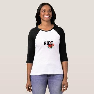 バラの女性の袖のRaglanのTシャツとの暴動 Tシャツ