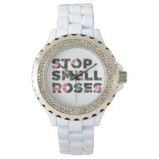 バラの腕時計をストップ、かいで下さい 腕時計