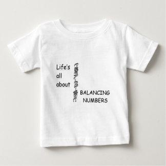 バランスをとる数 ベビーTシャツ