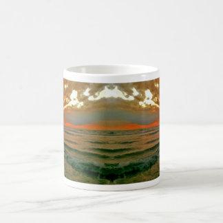 バリ島の夕べの空 コーヒーマグカップ