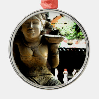 バリ島の彫刻の寺院 メタルオーナメント