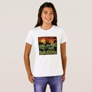 バルセロナの女の子のTシャツ Tシャツ