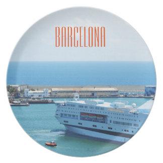 バルセロナ港を去る贅沢な遊航船 プレート