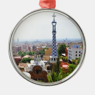 バルセロナ、スペインの公園Guell メタルオーナメント