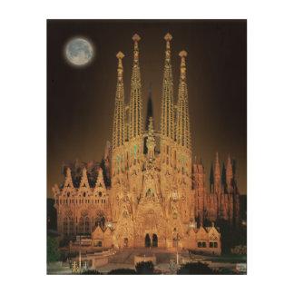 バルセロナ、スペインのSAGRADA FAMILIAのバシリカ会堂 ウッドウォールアート