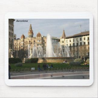バルセロナ--広場--Catalunya--[kan.k] .JPG マウスパッド