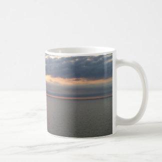 バルト諸国上の日没 コーヒーマグカップ