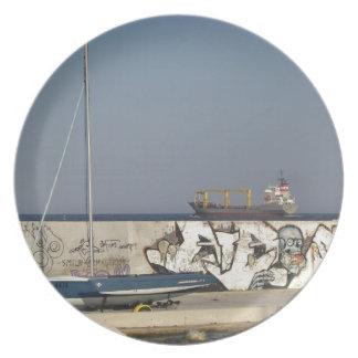 バルナを去る船 プレート