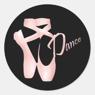 バレエのバレリーナのピンクのPointeの靴のダンスのステッカー ラウンドシール