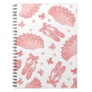 バレエの星のピンクおよび白いパターン ノートブック