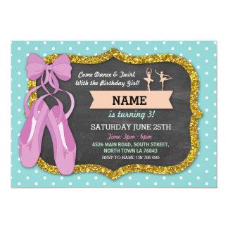バレエの誕生会のバレリーナのダンスの青い招待 カード