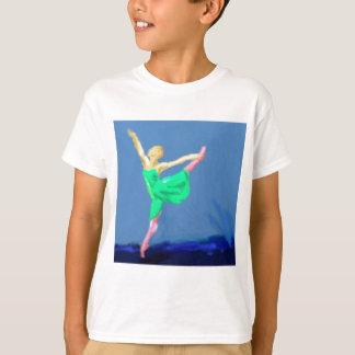 バレリーナのダンスの芸術 Tシャツ