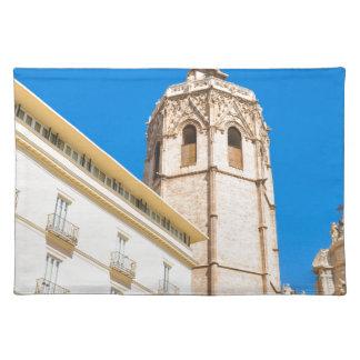 バレンシア、スペインのタワー ランチョンマット