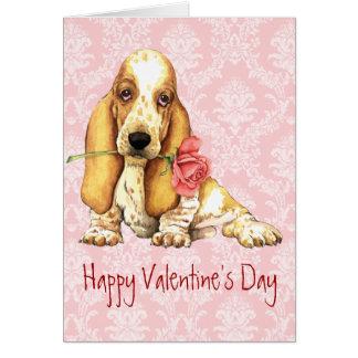 バレンタインのばら色のバセット犬 カード