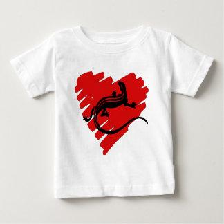 バレンタインのハートのNewt ベビーTシャツ