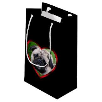 バレンタインのパグ犬のギフトバッグ スモールペーパーバッグ