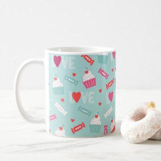 バレンタインデーのカップケーキのハート愛パターン コーヒーマグカップ