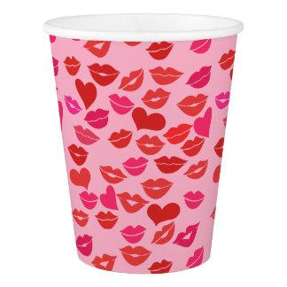 バレンタインデーのキス 紙コップ