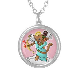 バレンタインデーのチョコレート色のキューピッド猫 シルバープレートネックレス