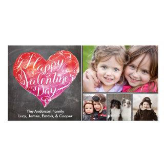 バレンタインデーのハートの原稿の黒板 カード