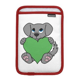 バレンタインデーの緑のハートの灰色の小犬 iPad MINIスリーブ