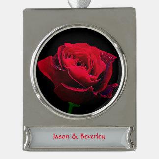 バレンタインデーの赤いバラ シルバープレートバナーオーナメント
