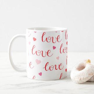 バレンタインデー愛ハートの赤いピンクパターン コーヒーマグカップ
