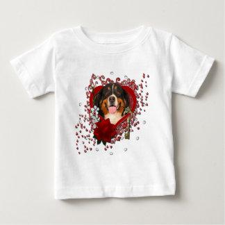 バレンタイン-私のハートへの鍵-バーニーズ・マウンテン・ドッグ ベビーTシャツ