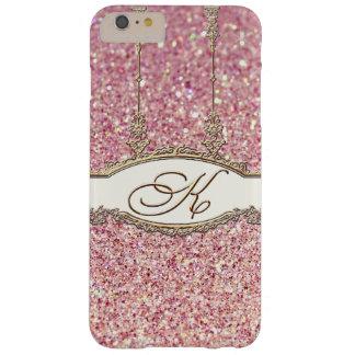 バロック式のロココ様式の金ゴールドのモノグラムKの《写真》ぼけ味のグリッターのピンク BARELY THERE iPhone 6 PLUS ケース