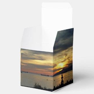 バンクーバーのギフト用の箱英国湾の日没のInuskuk箱 フェイバーボックス