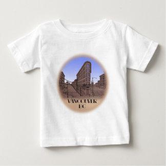 バンクーバーの記念品のベビーのTシャツのGastownのベビーのワイシャツ ベビーTシャツ