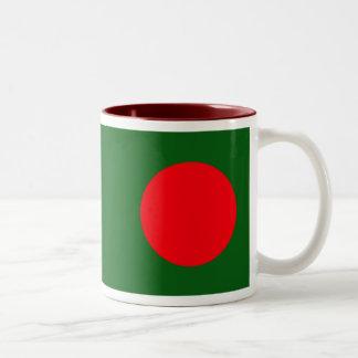 バングラデシュの旗のマグ ツートーンマグカップ
