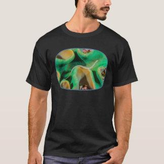 バンドを付けられたPipefishのTシャツ Tシャツ