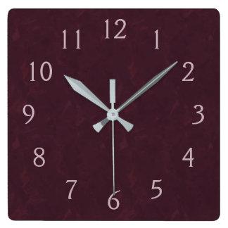 バーガンディおよびピンク スクエア壁時計