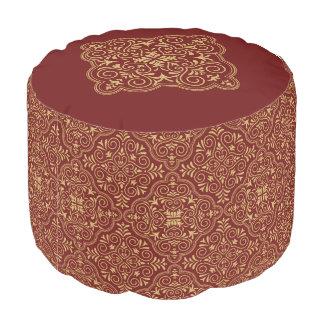バーガンディおよび金ゴールドのグリッターの幾何学的なパターン プーフ