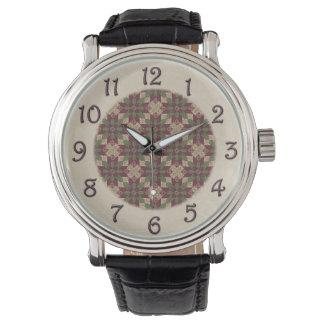 バーガンディのキルトにされた緑の星 腕時計