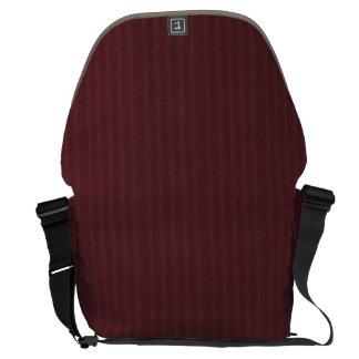 バーガンディのフランネルパターン メッセンジャーバッグ