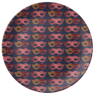 バーガンディのマスク 磁器プレート