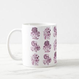 バーガンディのモノクロ花 コーヒーマグカップ