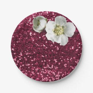 バーガンディのルビー色の花の白いジャスミンのグリッター ペーパープレート