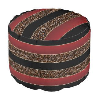 バーガンディ、黒およびジャガーのプリント プーフ